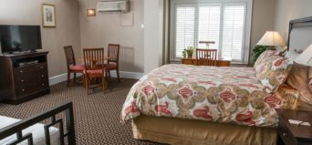 Davidson Executive Suite bedroom